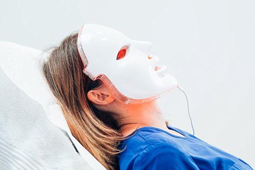 Led masky