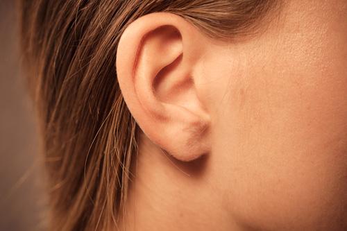 Ako si zlepšiť sluch svojpomocne?