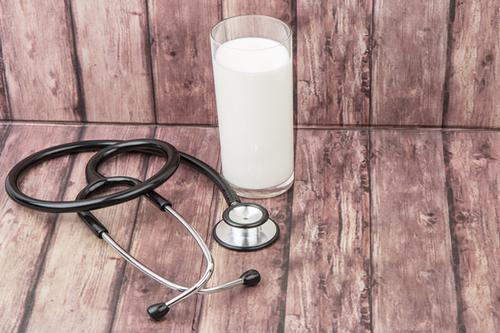 Mlieko, smrť a zlomeniny - časť 1.