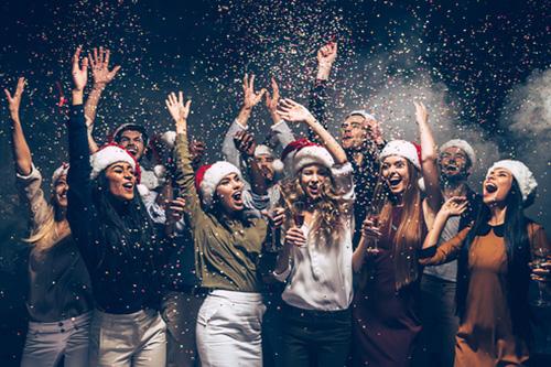 Čo pripraviť priateľom na Silvestra?
