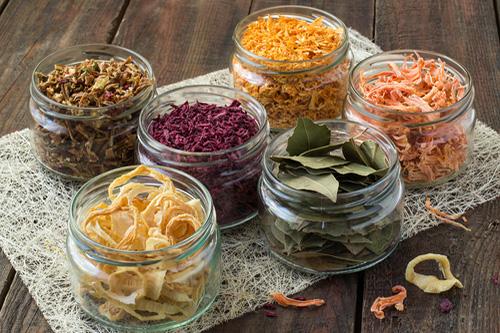 Poznáte výhody sušenia potravín?