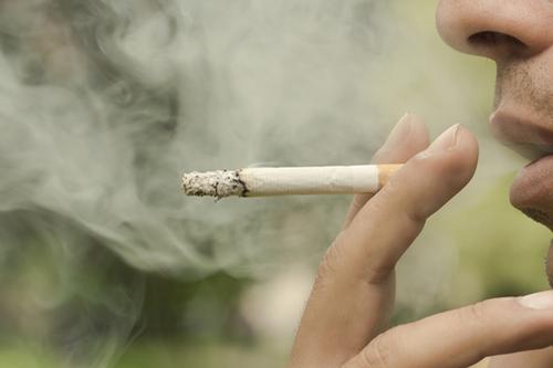 Fajčenie neohrozuje len pľúca