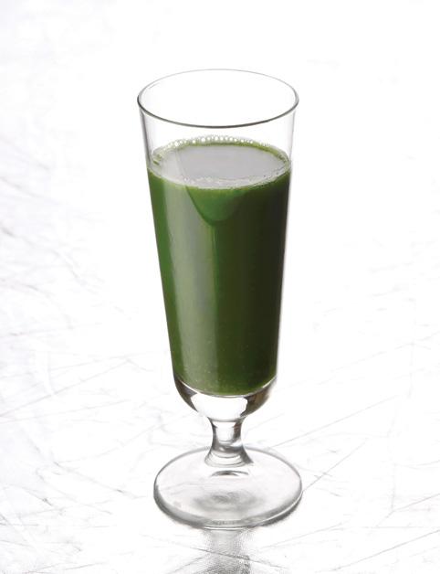 Zelený burinový shot