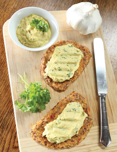 Zeleninový chlebík s cesnakovou nátierkou
